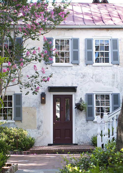 Discover your Charleston Hotel