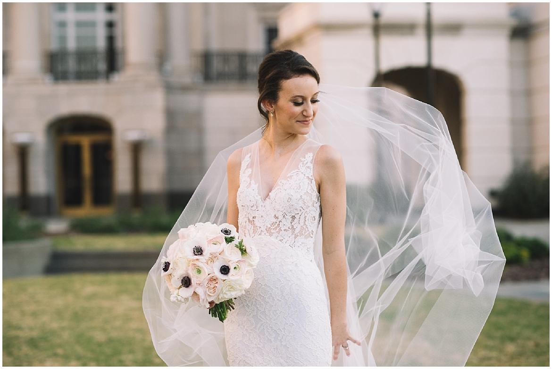 Charleston Wedding Guide_0108.jpg