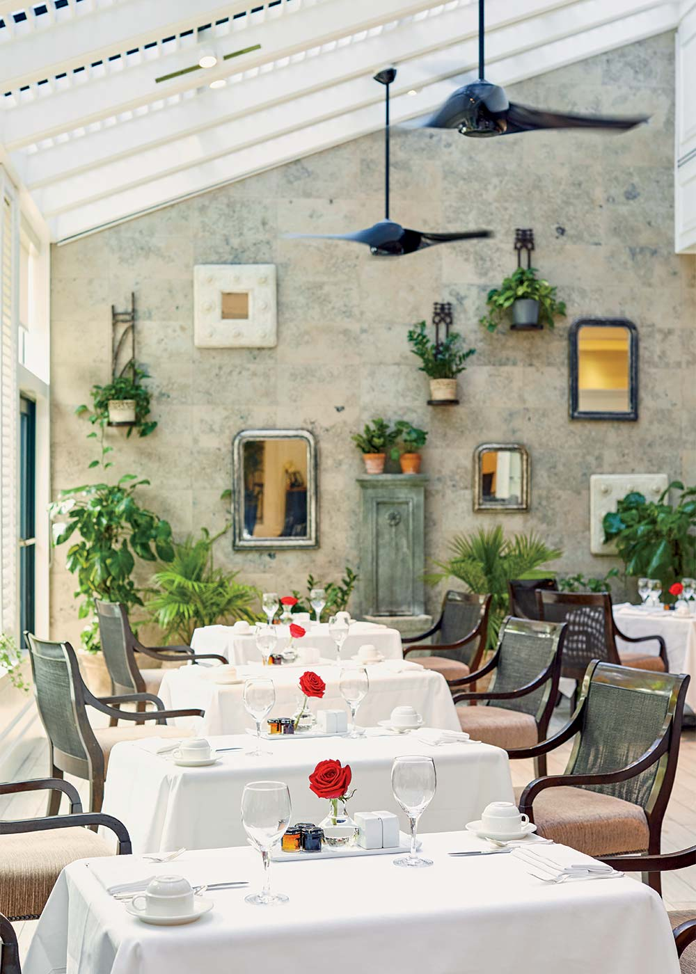 Photograph of the restaurant at the Belmond