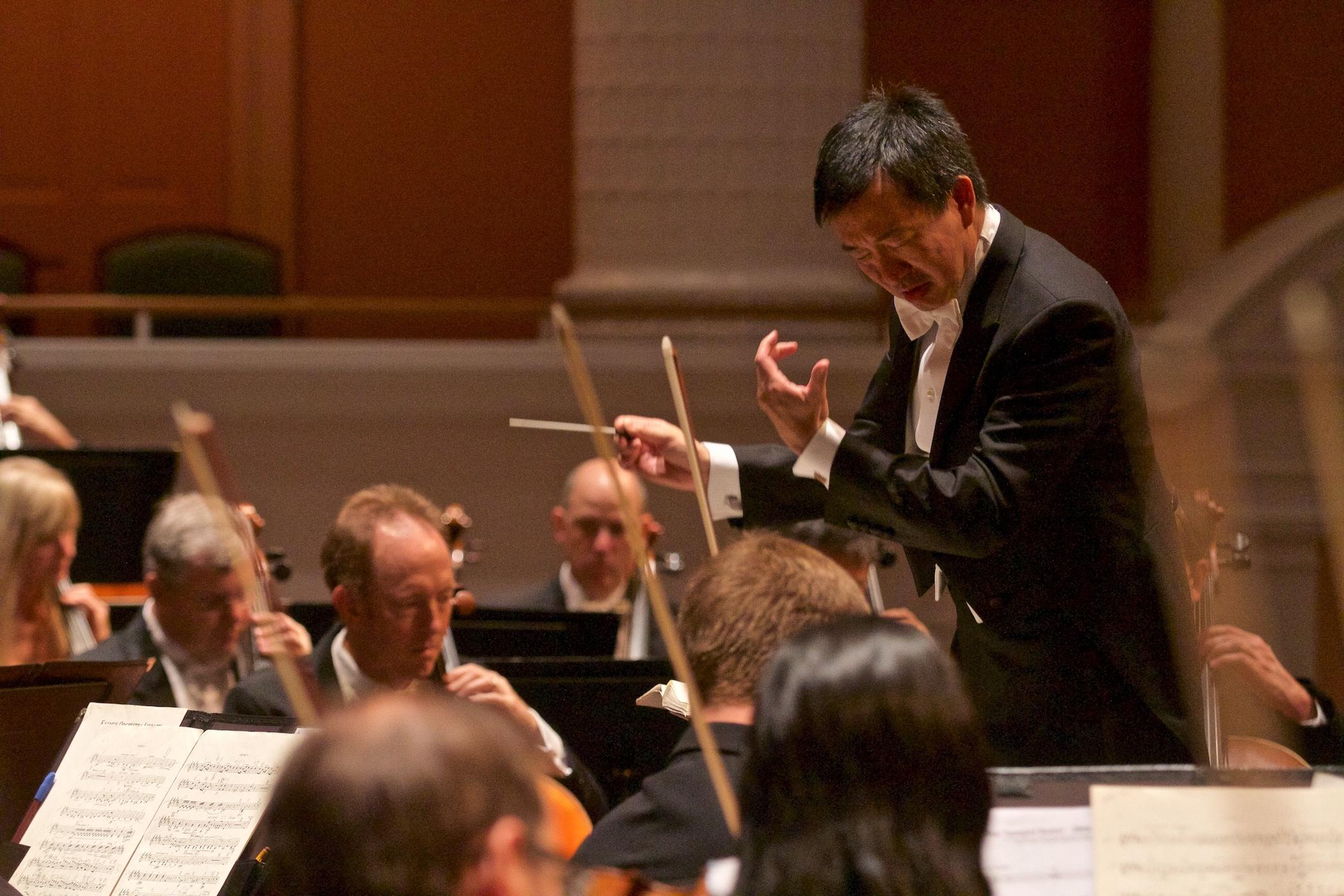Flash Mob - Charleston Symphony Orchestra Chorus - YouTube