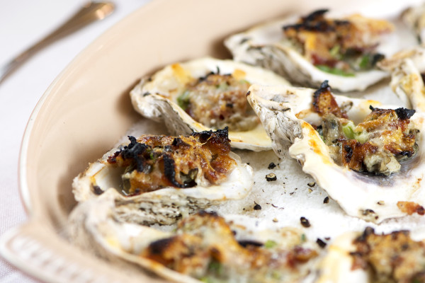 Stovetop Reveal: Cast Iron Roasted Oysters